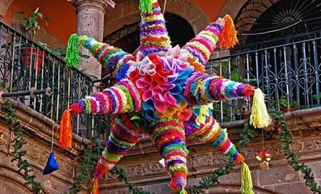 La Navidad. III. El origen de la Piñata.