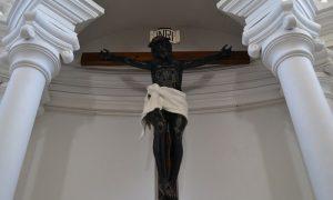 El Cristo que pesaba mucho