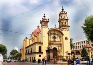 El Templo de la Santa Veracruz en la Ciudad de Toluca