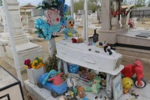 La tumba de Carlitos, el milagroso