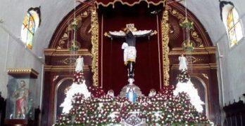 """""""Santo Cristo de San Román, nadie puede herirte"""""""