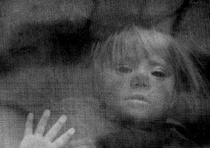 El niño fantasma muerto en el temblor
