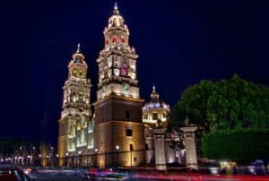 La bella catedral de Morelia